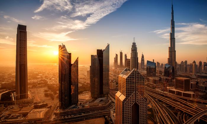 Scopri Dubai in Crociera
