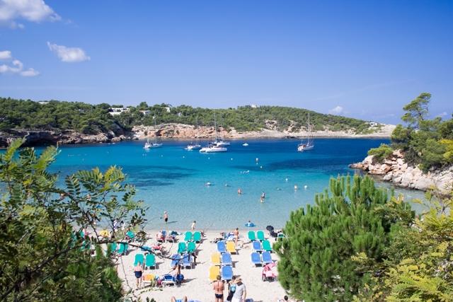Ibiza, la perla hippy chic delle Baleari