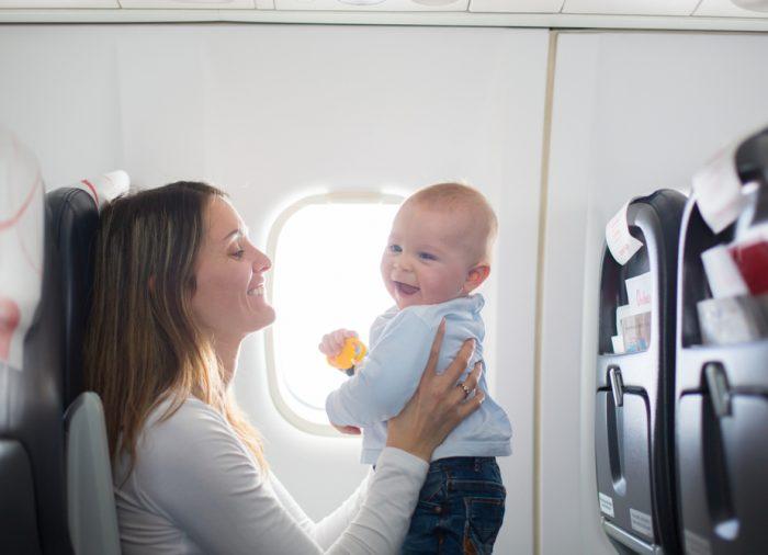 Viaggiare con i neonati: consigli e raccomandazioni