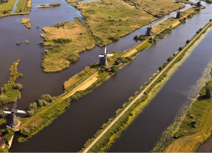 Una famiglia italiana alla scoperta dell'Olanda, terra d'acqua, con Logitravel