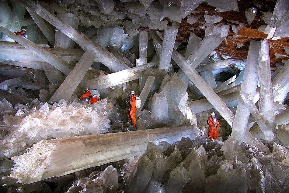 Grotta dei Cristalli